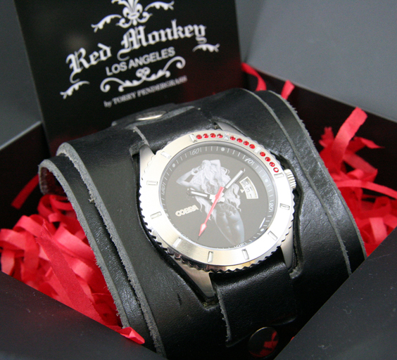red monkey designs cobra collaboration wristwatch. Black Bedroom Furniture Sets. Home Design Ideas